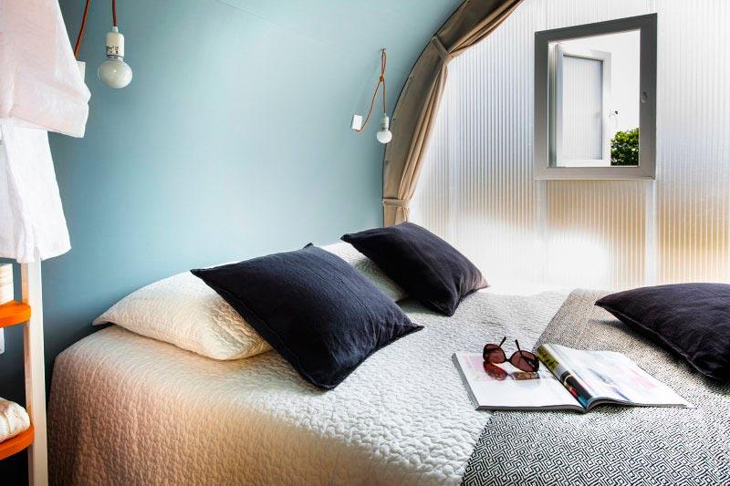 lit double Cocorico camping pré étang